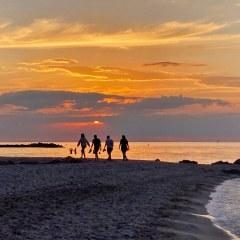 Spaziergang im Sonnenuntergang